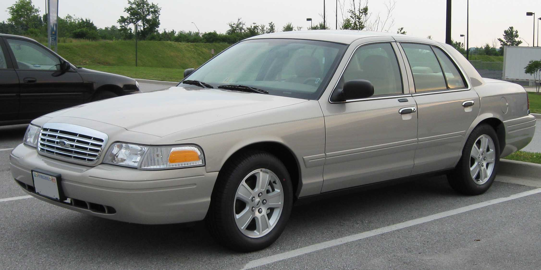 Ford Crown Victoria #8