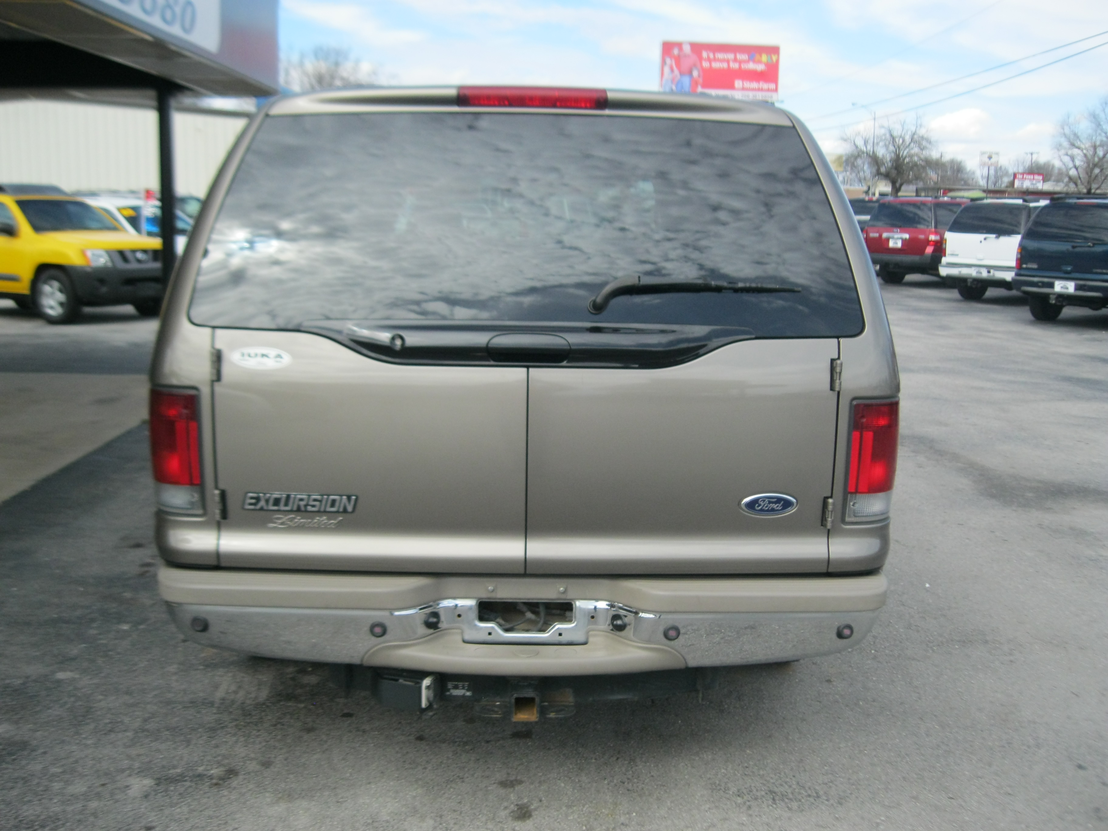 2002 Ford Excursion Image 3