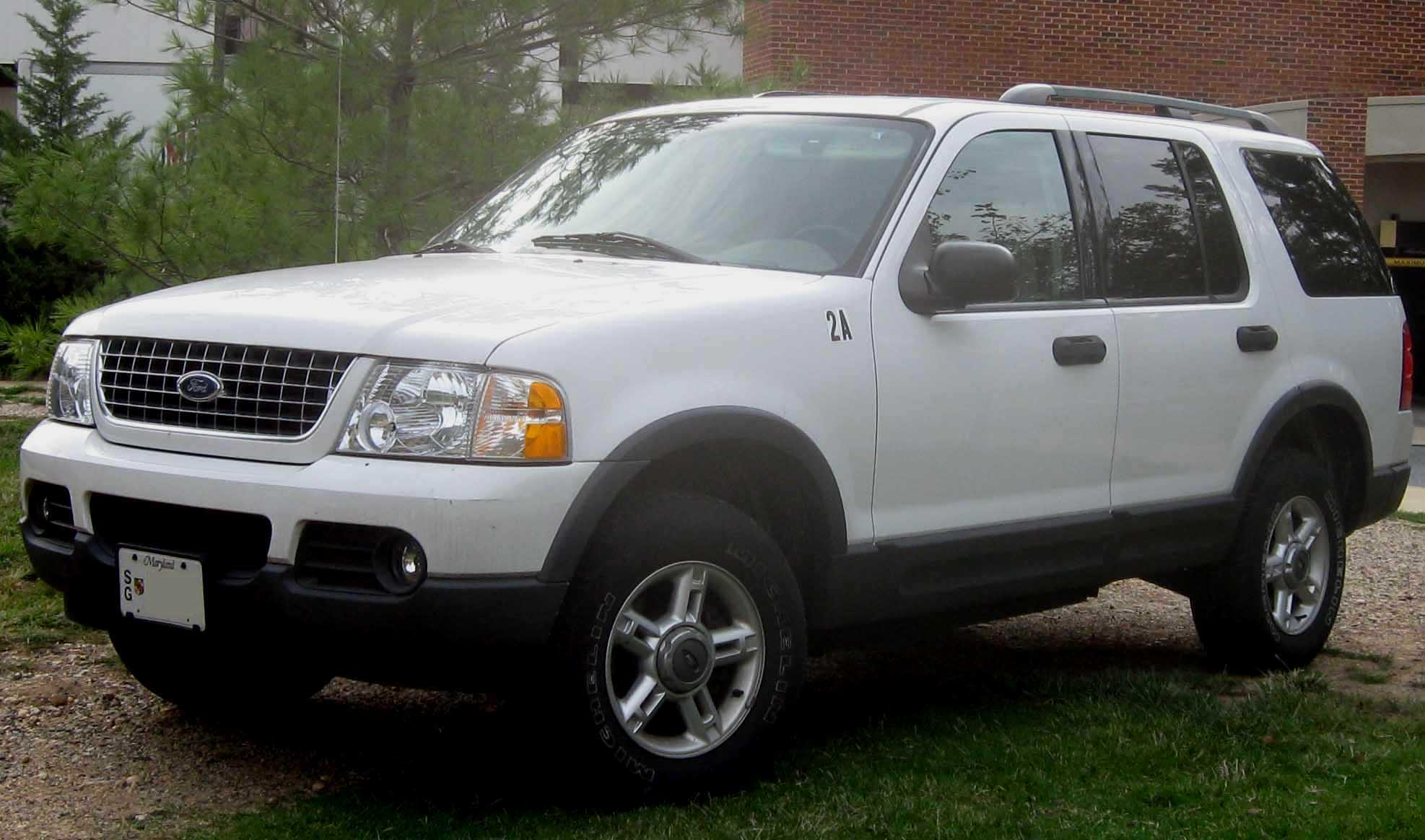 2002 Ford Explorer Image 8