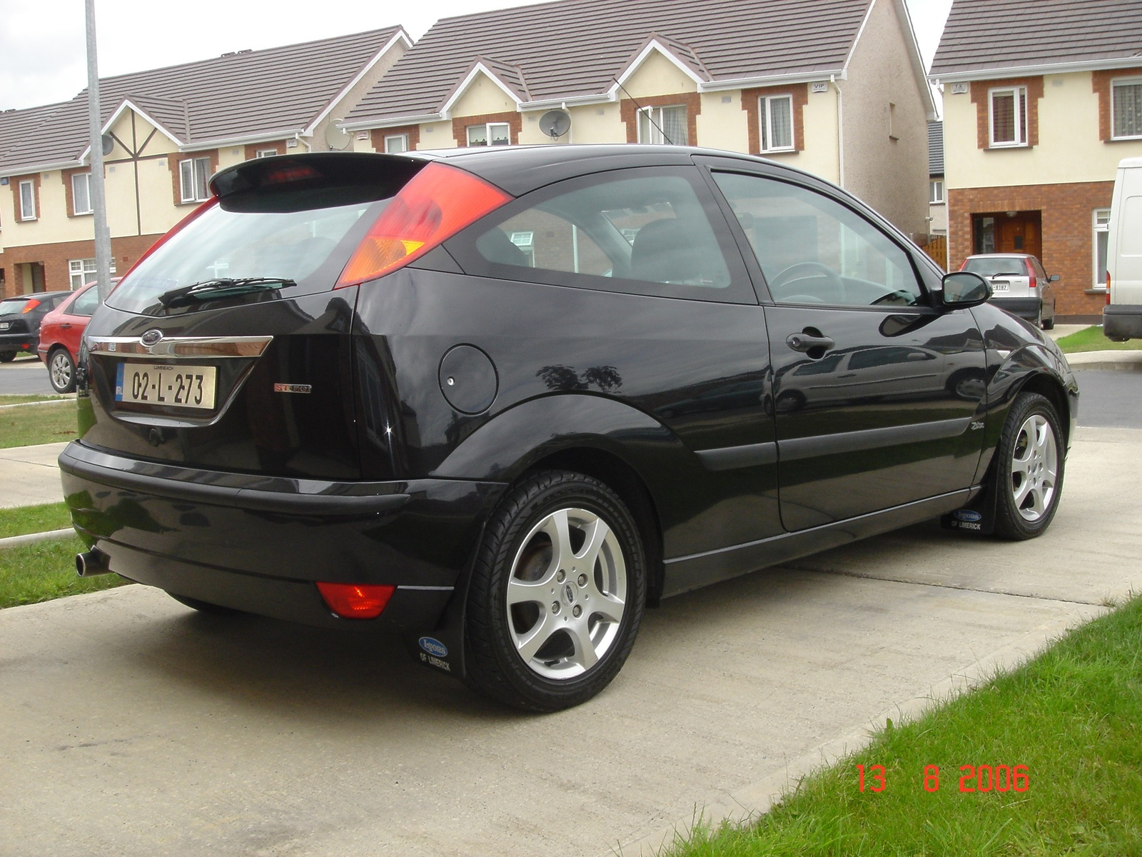 2002 ford focus information and photos zombiedrive. Black Bedroom Furniture Sets. Home Design Ideas