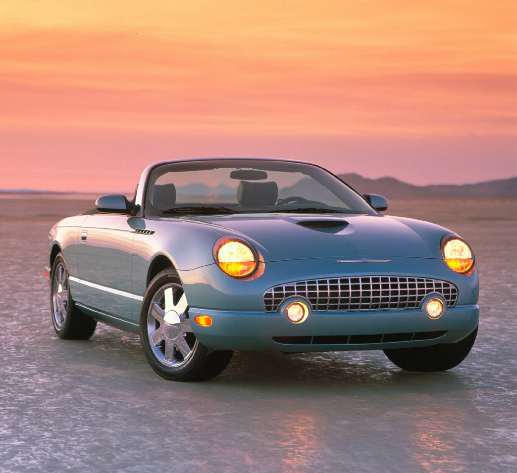 2002 Ford Thunderbird 4