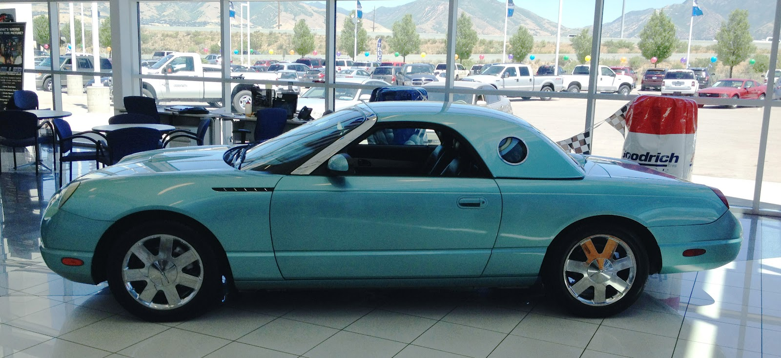2002 ford thunderbird information and photos zombiedrive. Cars Review. Best American Auto & Cars Review