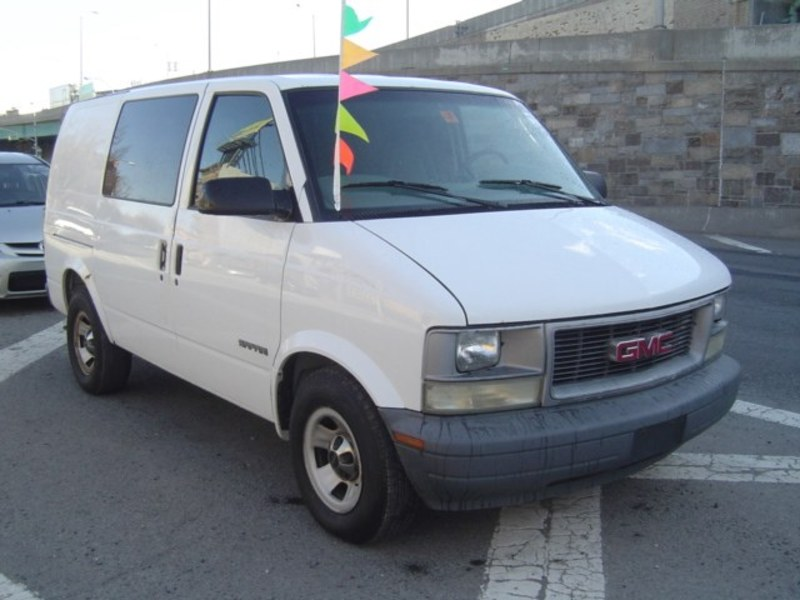 GMC Safari Cargo #1