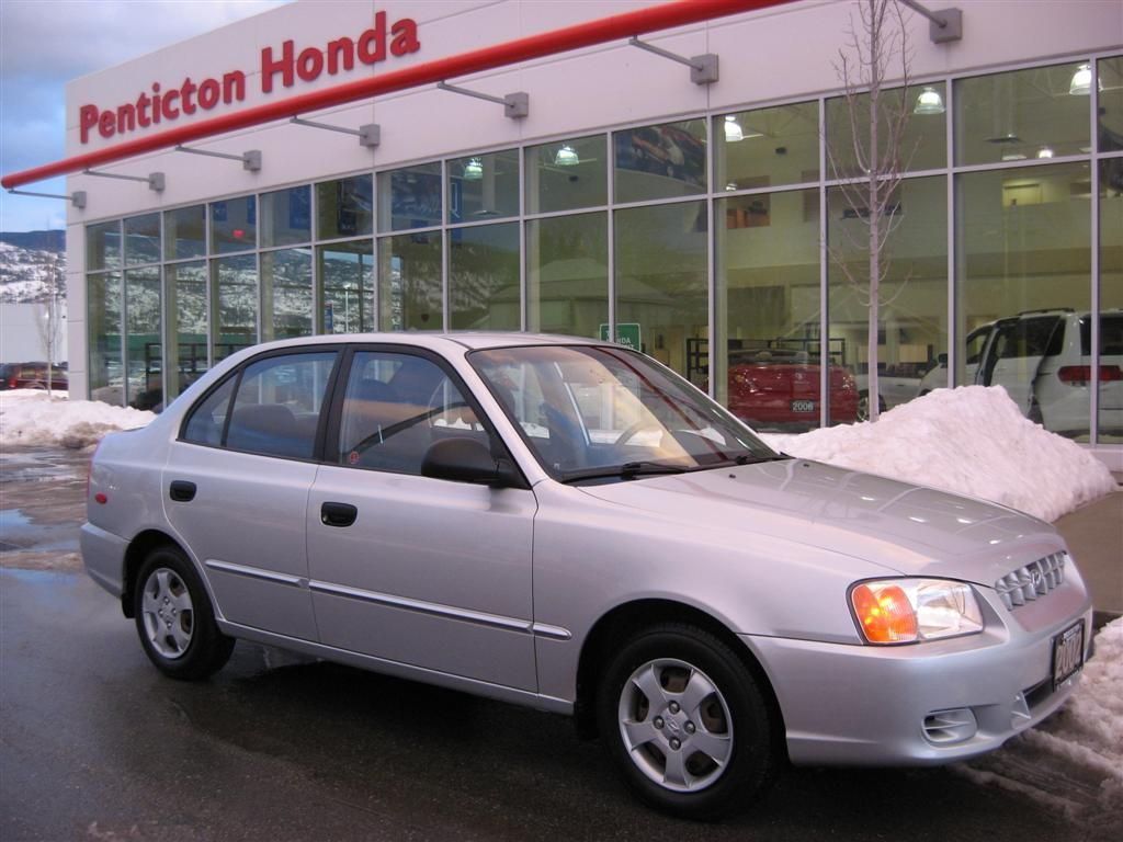 2002 Hyundai Accent - Information and photos - ZombieDrive