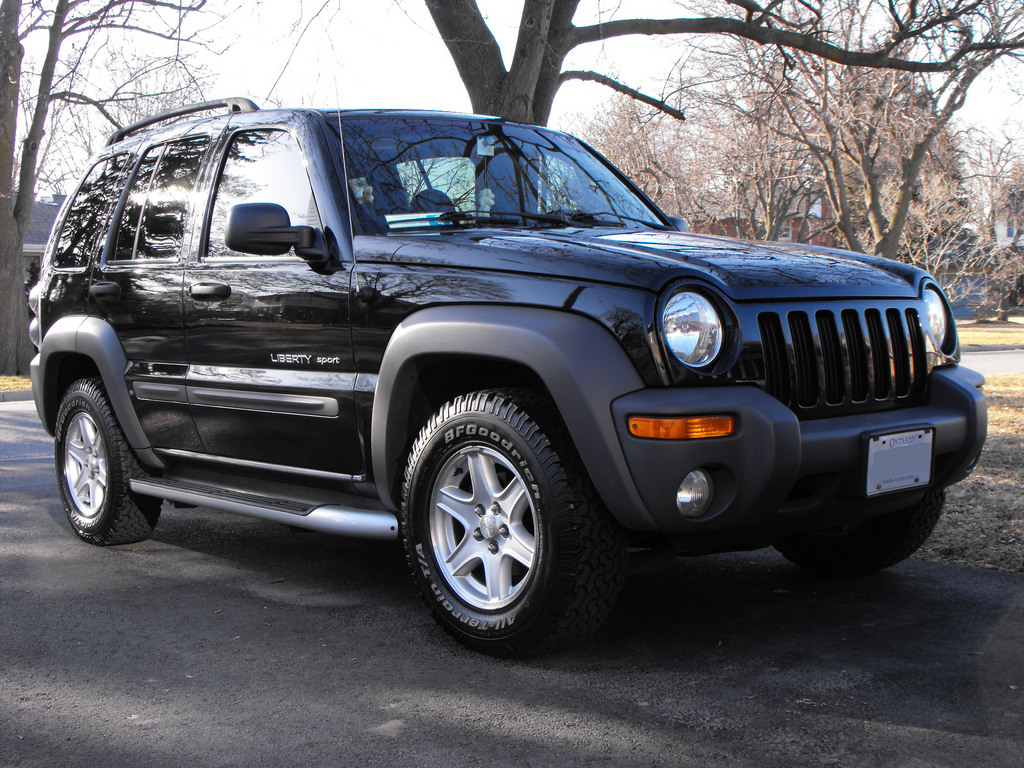 2002 jeep liberty information and photos zombiedrive. Black Bedroom Furniture Sets. Home Design Ideas
