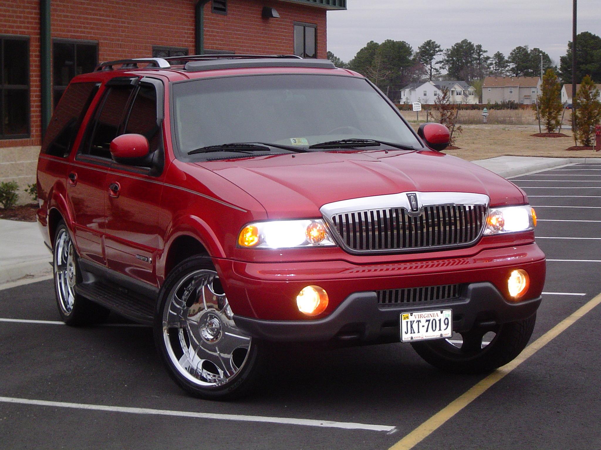 2002 Lincoln Navigator Image 19