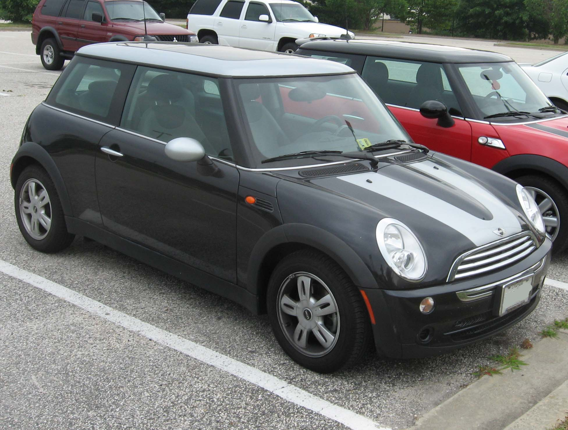 2002 mini cooper information and photos zombiedrive. Black Bedroom Furniture Sets. Home Design Ideas