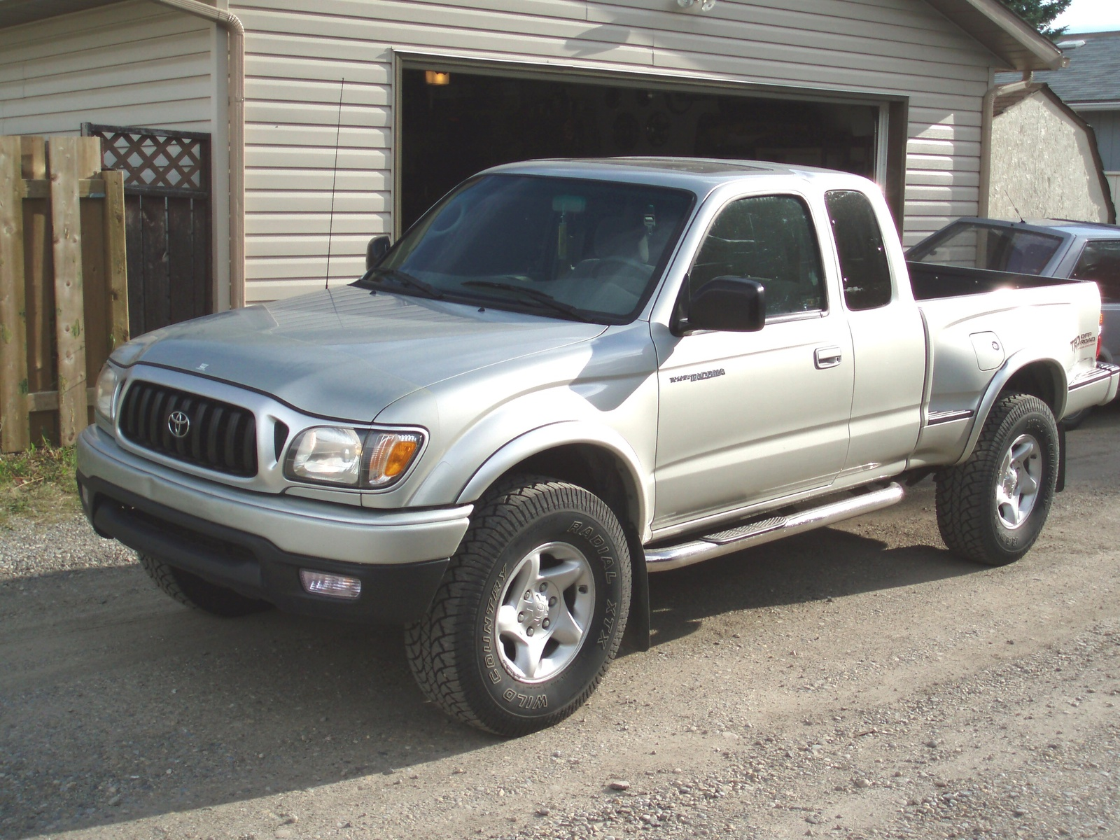 2002 toyota tacoma information and photos zombiedrive. Black Bedroom Furniture Sets. Home Design Ideas