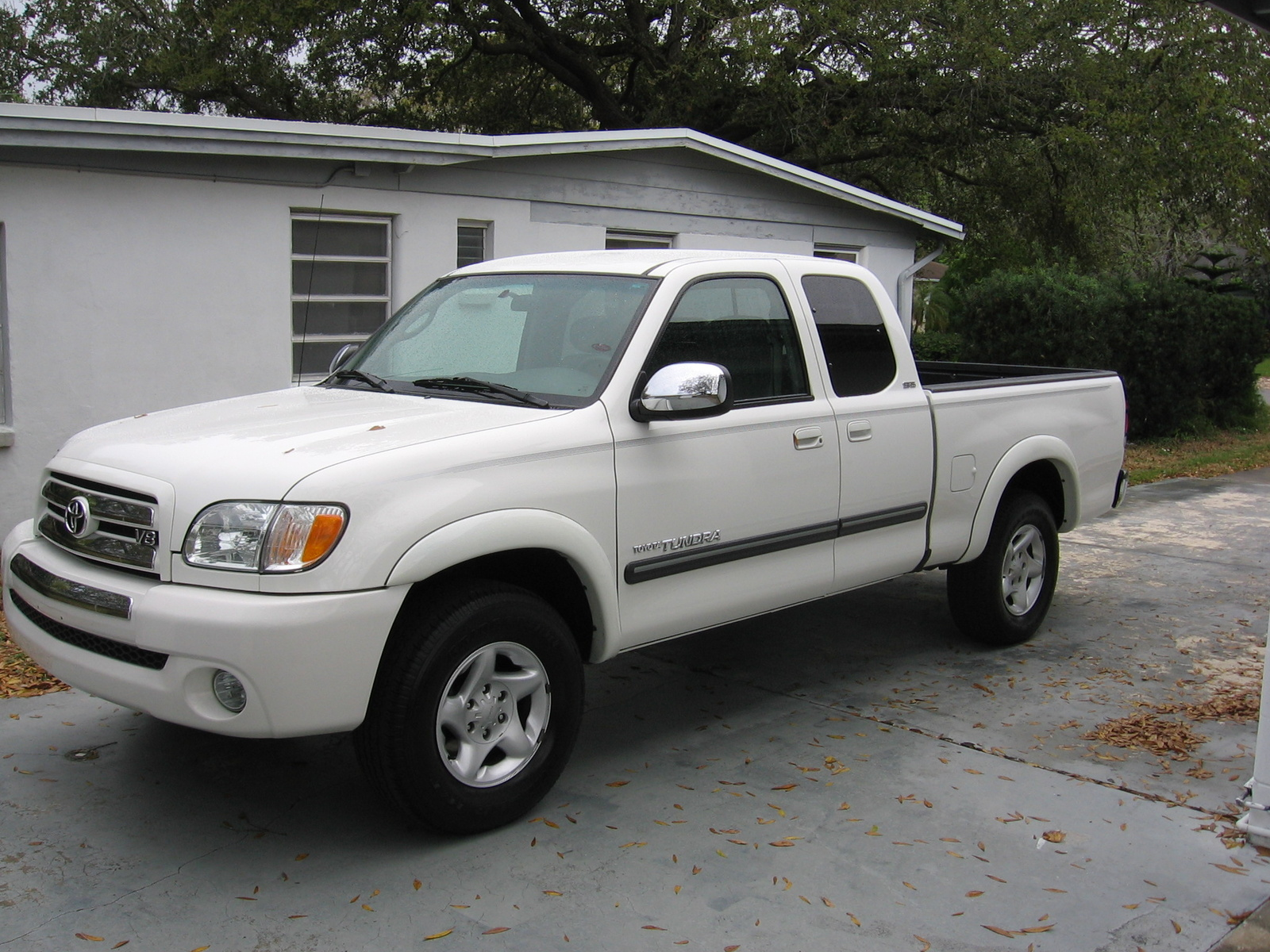2002 toyota tundra information and photos zombiedrive. Black Bedroom Furniture Sets. Home Design Ideas