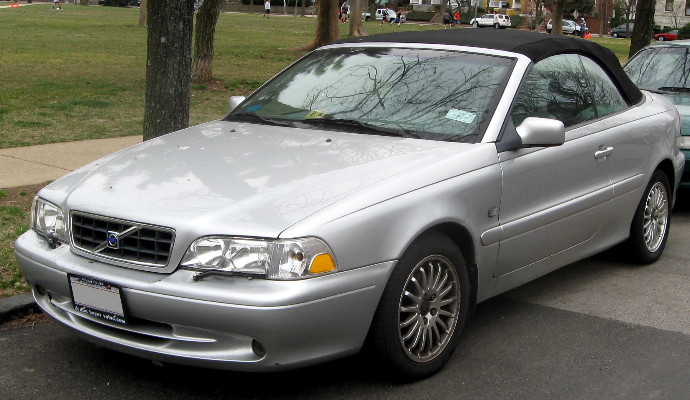 2002 volvo c70 information and photos zombiedrive. Black Bedroom Furniture Sets. Home Design Ideas