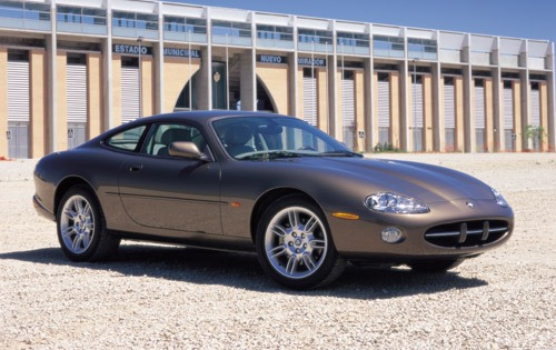 2002 Jaguar XK-Series XK8 interior #8