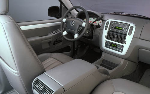 2002 Mercury Mountaineer  interior #5