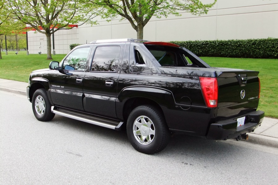 recalls on 2003 cadillac escalade. Black Bedroom Furniture Sets. Home Design Ideas