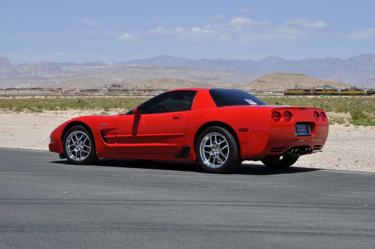 2003 Chevrolet Corvette 32