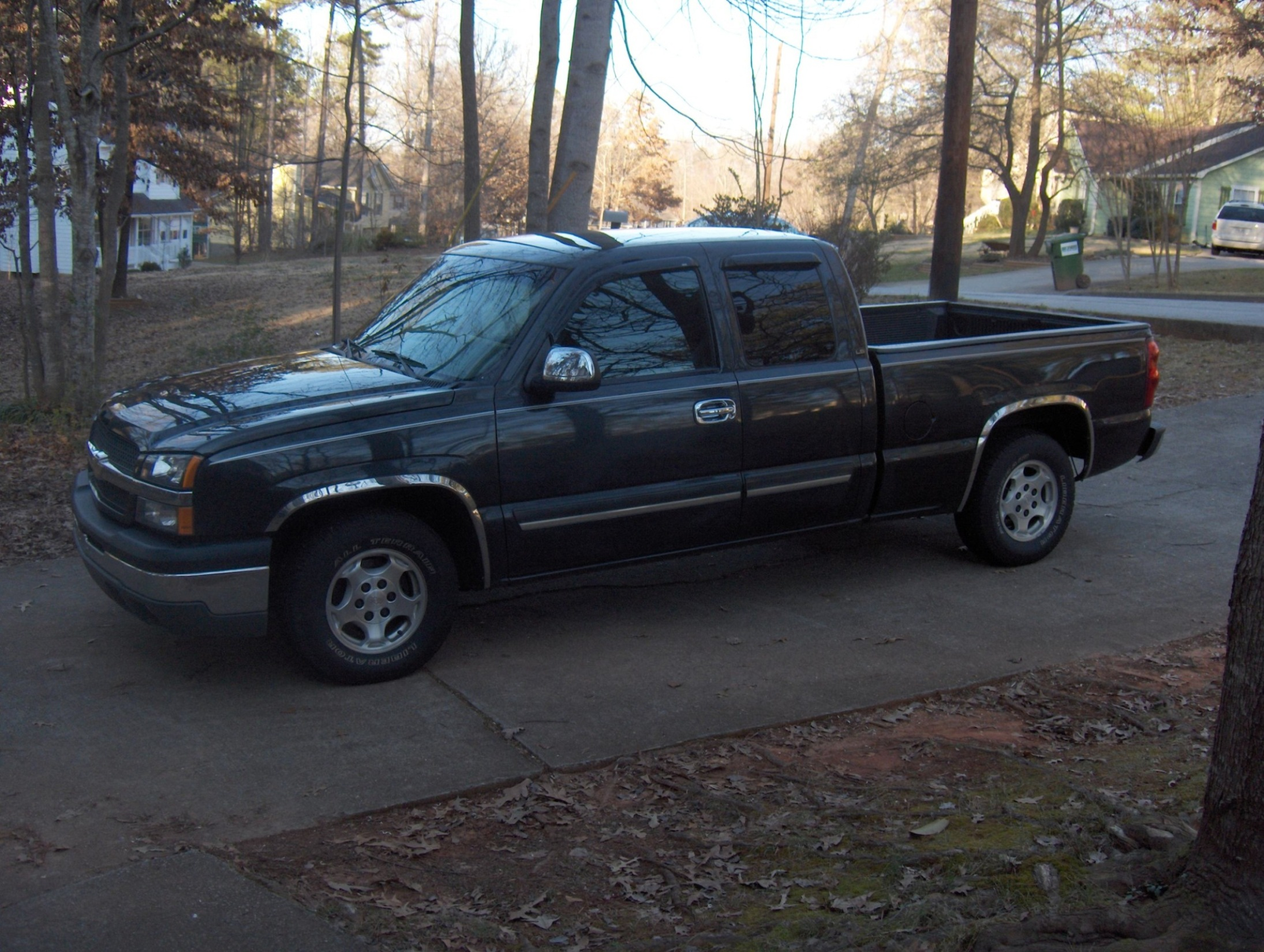 2003 Chevrolet Silverado 1500 - Information and photos - ZombieDrive