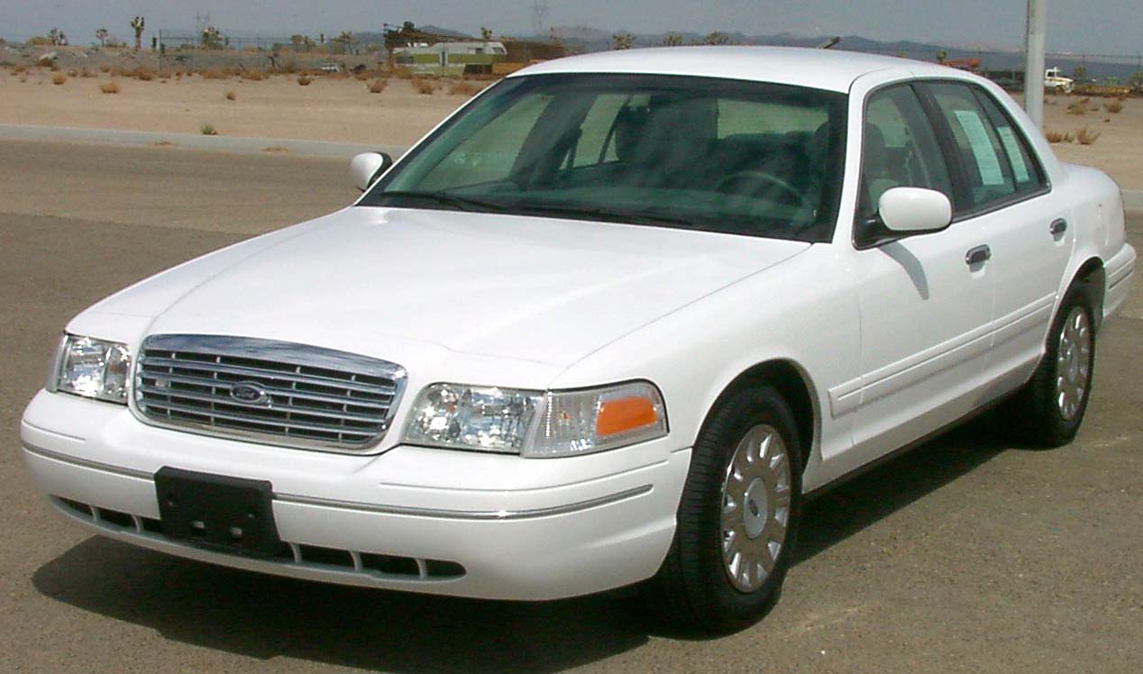 Ford Crown Victoria #4