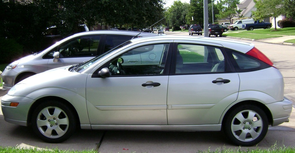 2003 Ford Focus Image 20