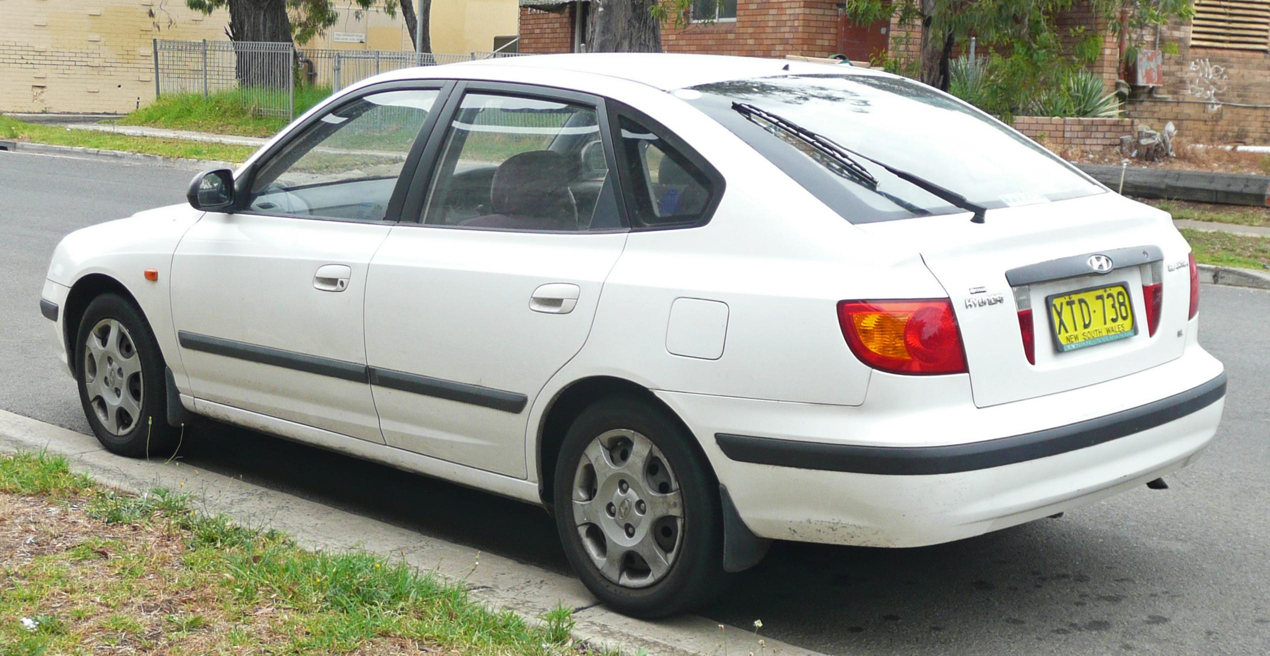 2003 Hyundai Elantra - Information and photos - ZombieDrive