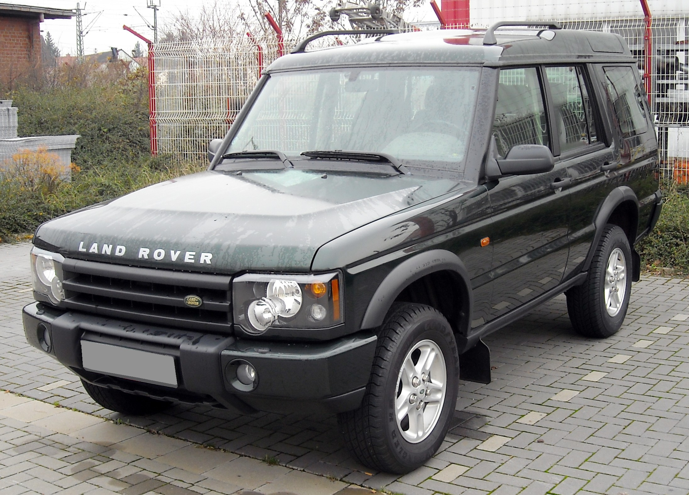 2003 Land Rover Discovery Image 10