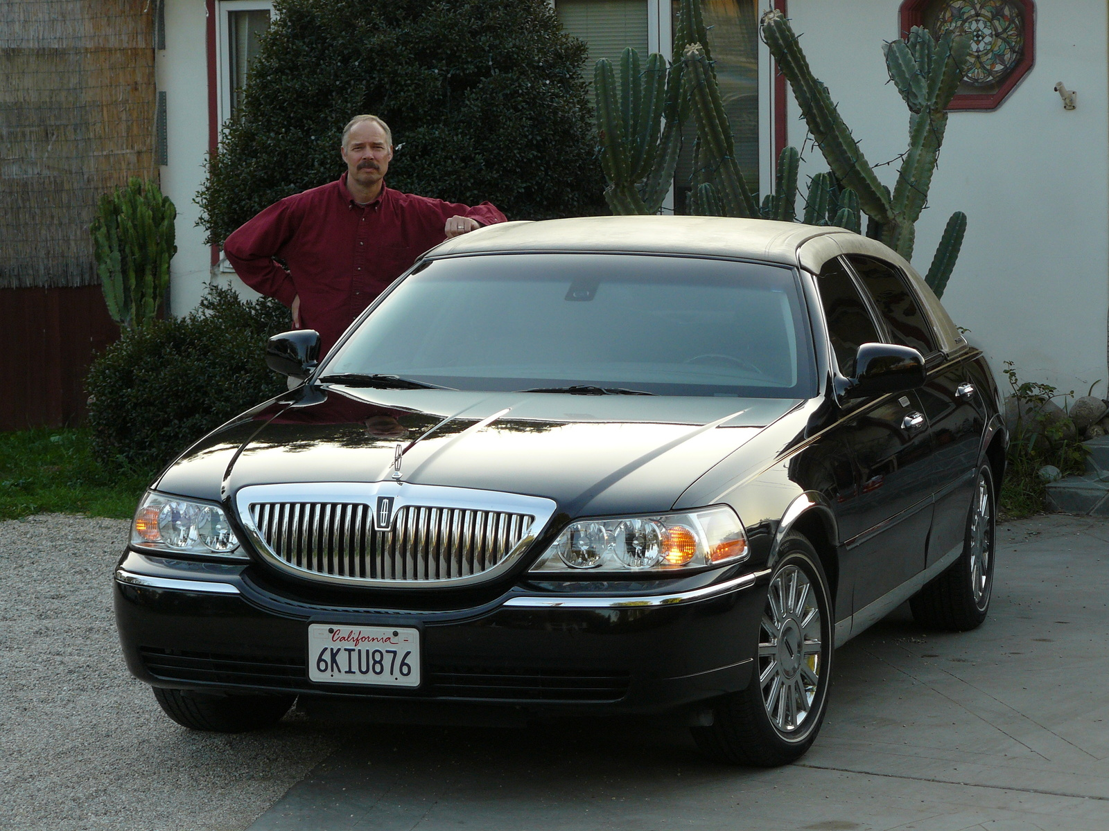 2003 Lincoln Town Car Image 12