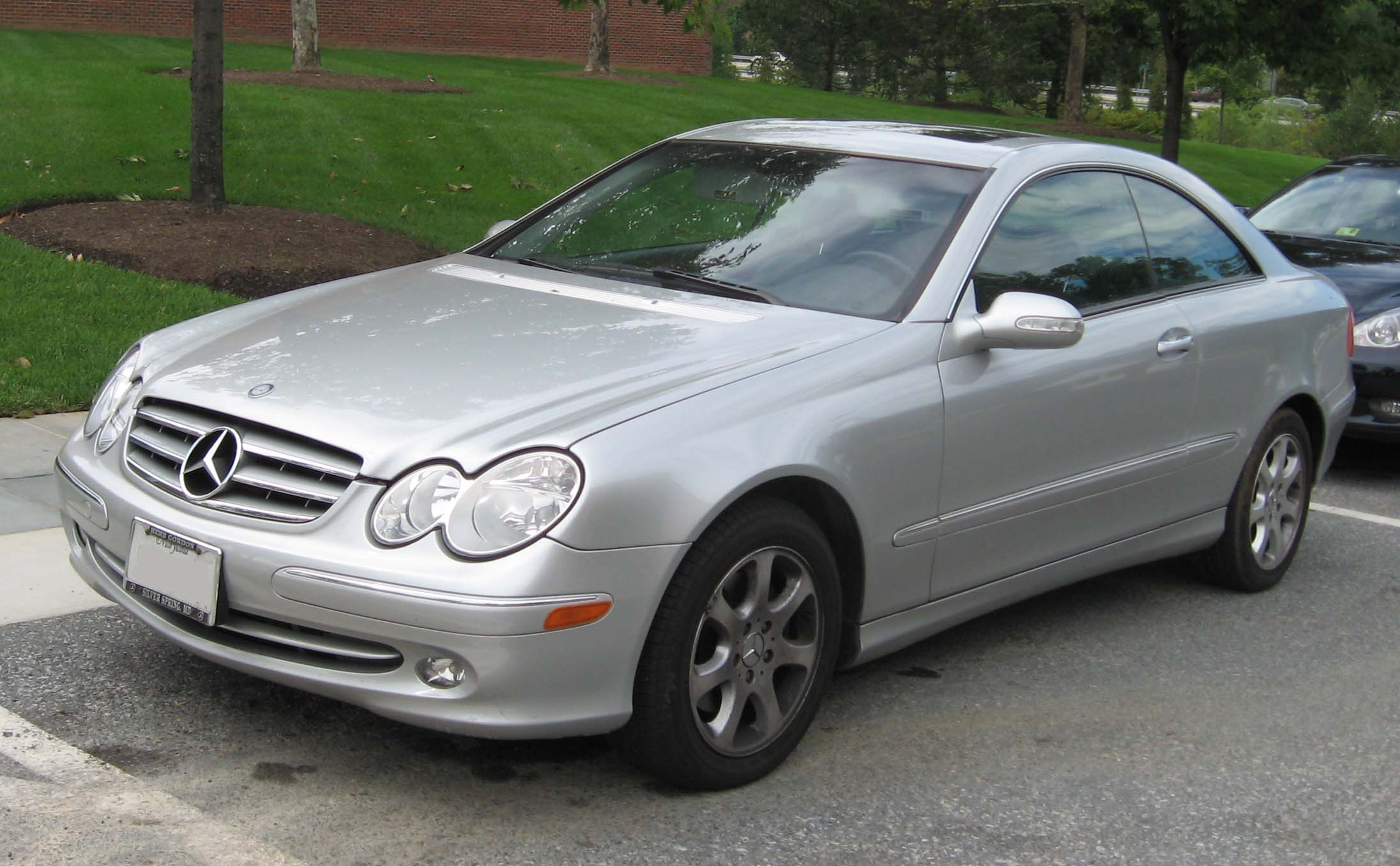 2003 mercedes benz clk class information and photos