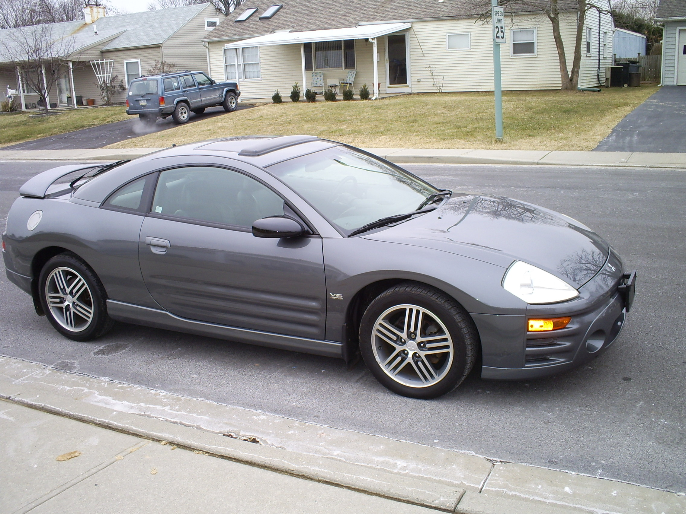 2003 Mitsubishi Eclipse - Information and photos - ZombieDrive