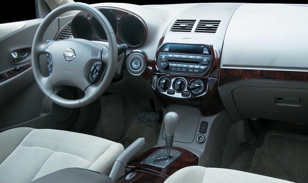 2003 Nissan Altima Image 17