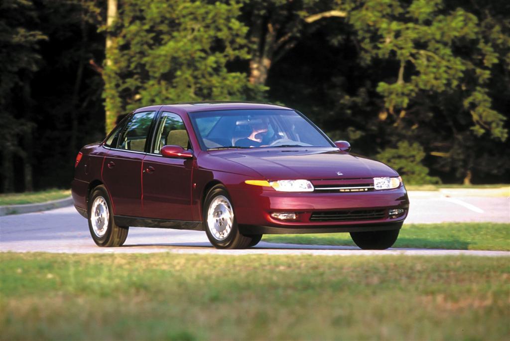 2003 Saturn L Series 2