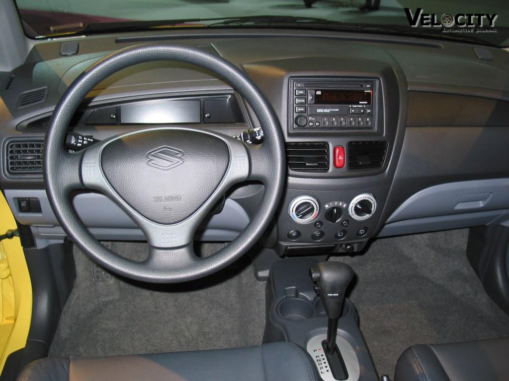 2003 Suzuki Aerio Image 1