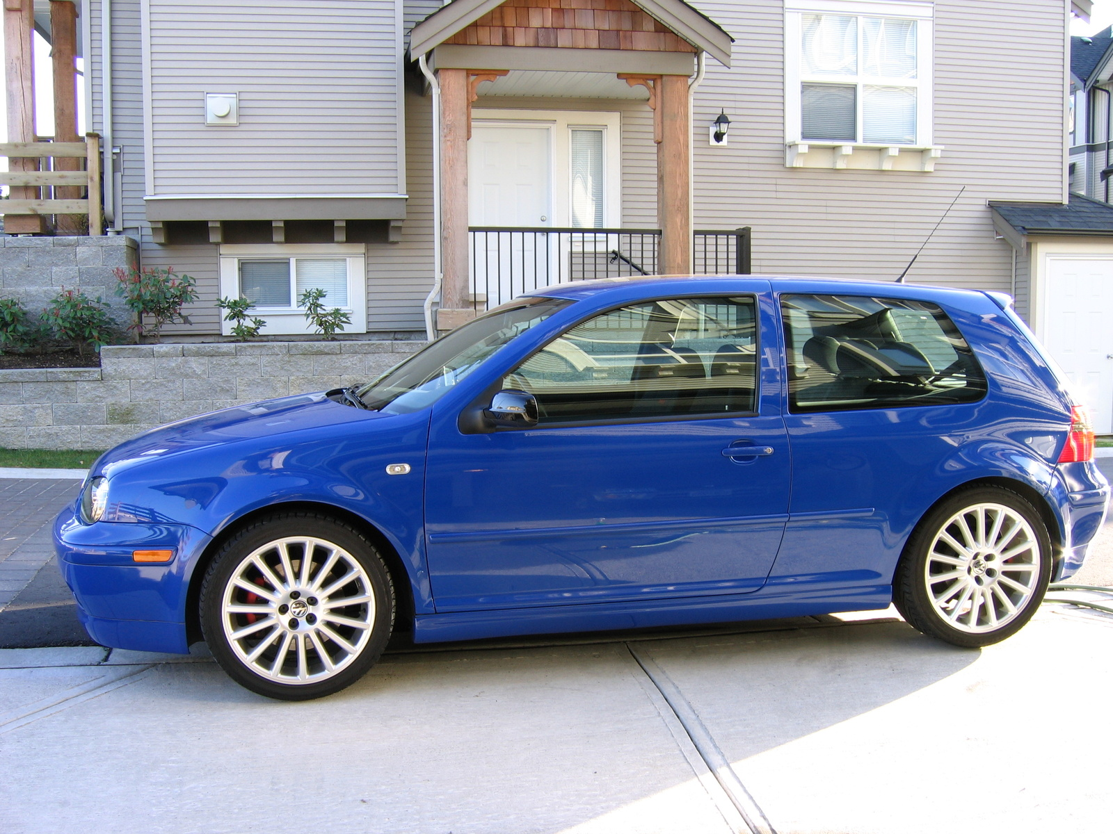 2003 volkswagen gti information and photos zombiedrive. Black Bedroom Furniture Sets. Home Design Ideas