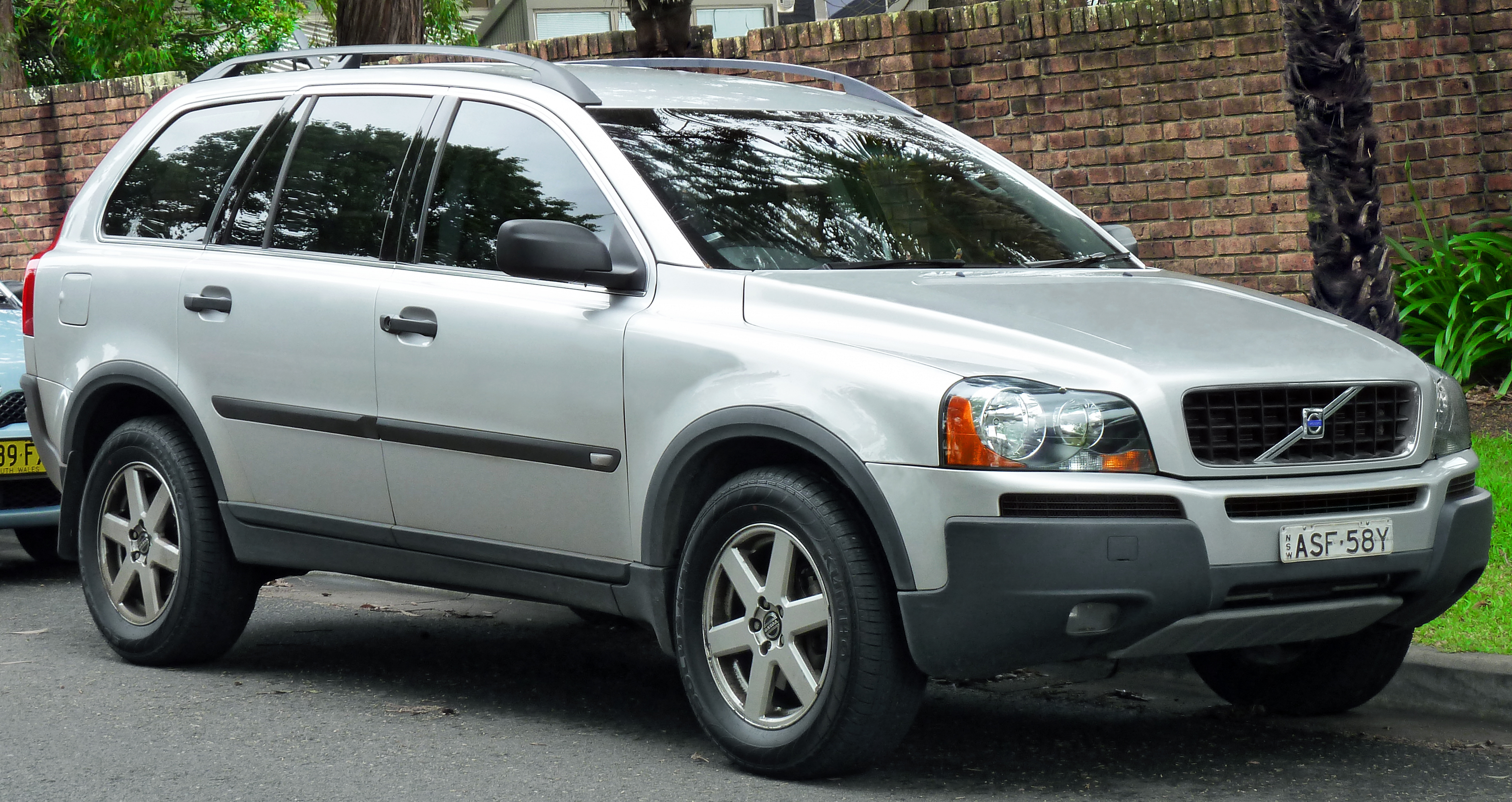 2003 volvo xc90 1 volvo xc90 wiring diagram volvo xc90 water pump wiring diagram 2004 volvo xc90 wiring diagrams at crackthecode.co