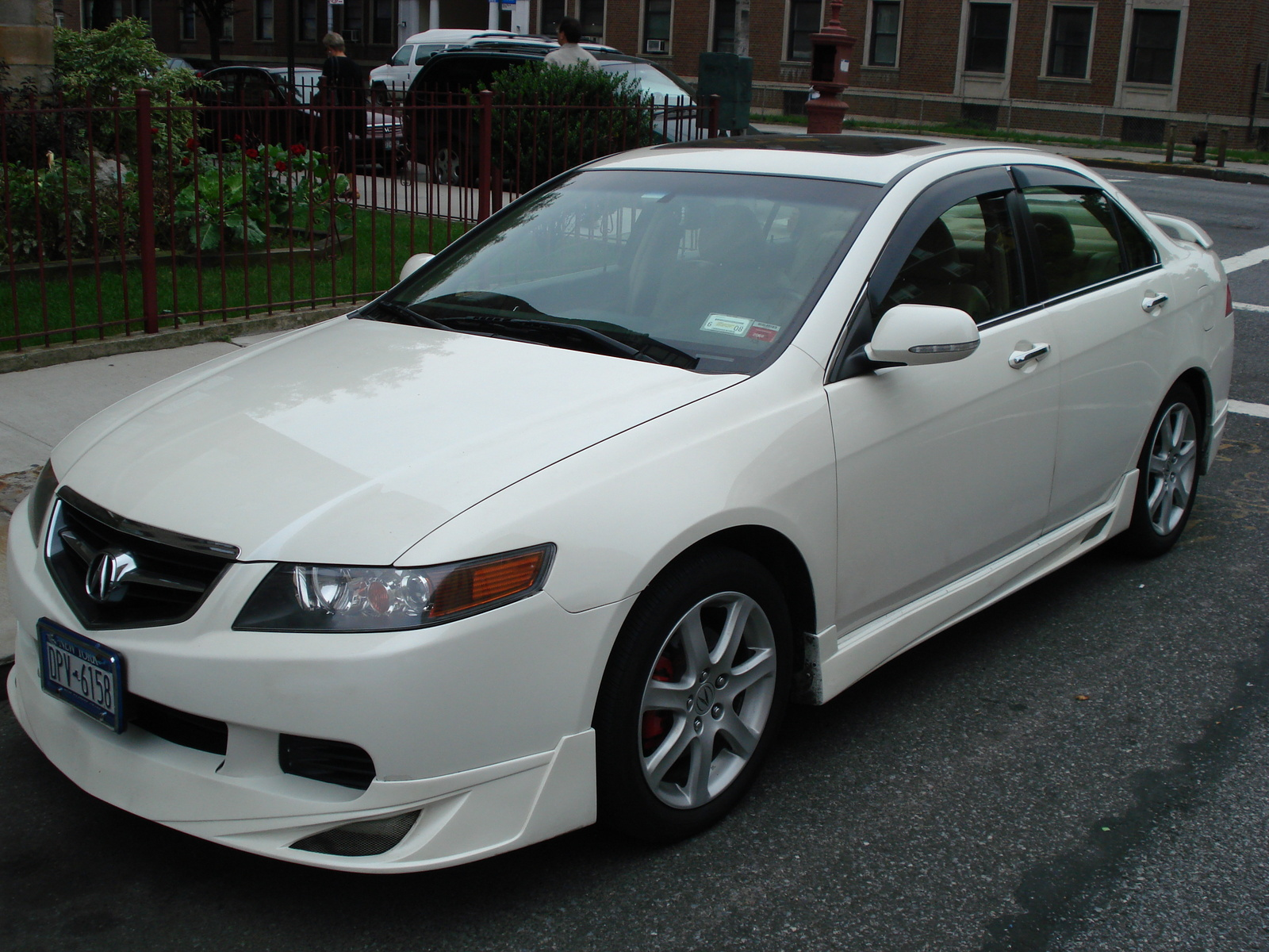 2004 Acura TSX - Information and photos - ZombieDrive