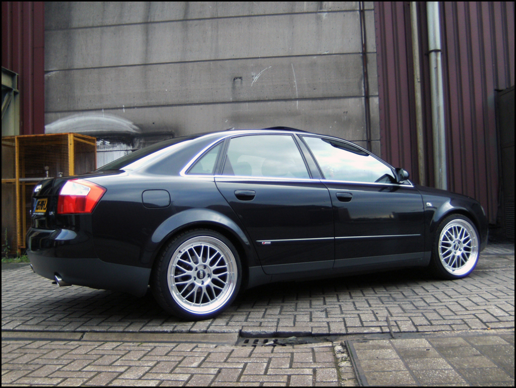2004 audi a4 - information and photos - zombiedrive