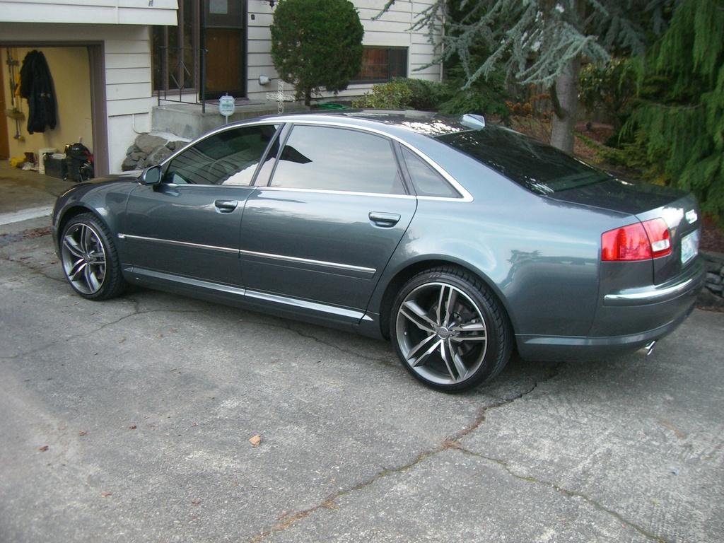 2004 Audi A8 Image 12