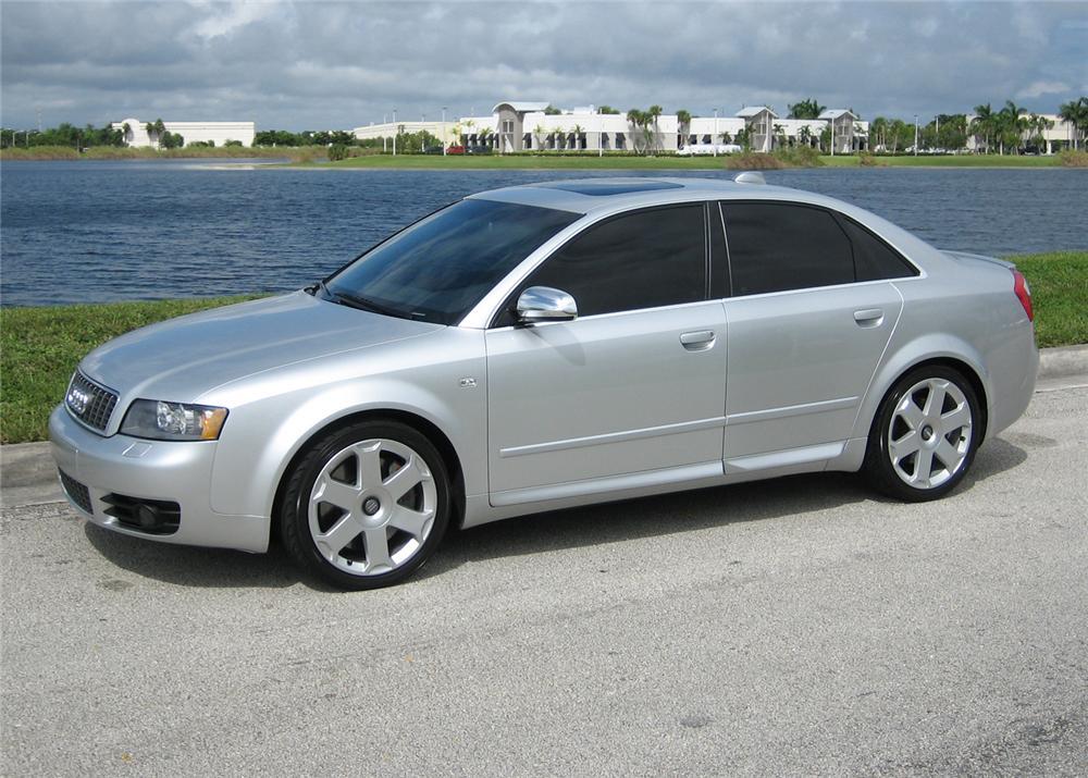 2004 Audi S4 Image 12