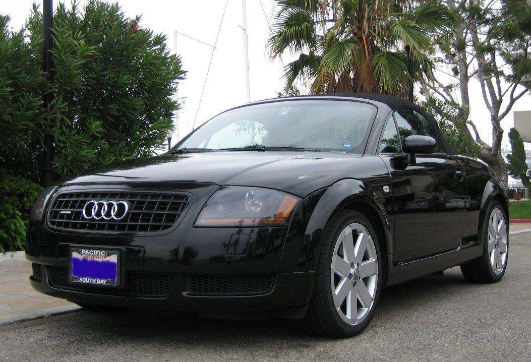 2004 Audi Tt Image 9