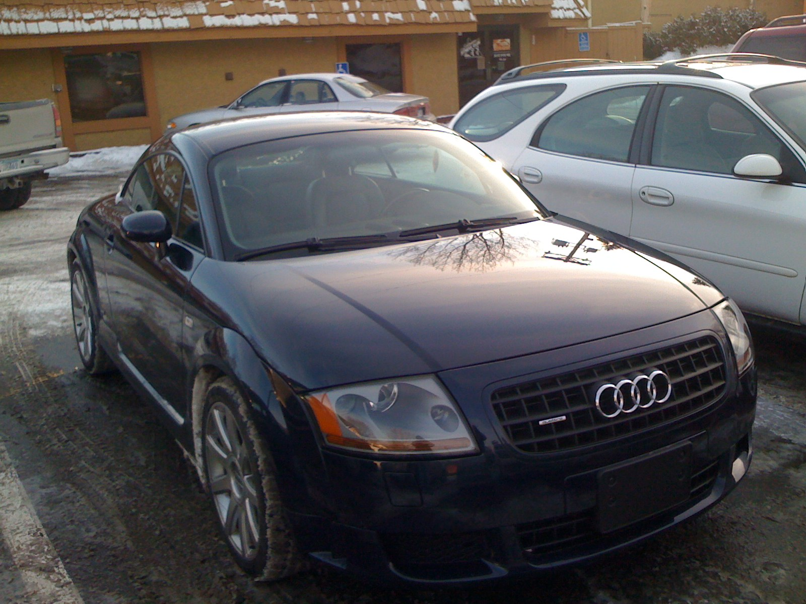 2004 audi tt information and photos zombiedrive. Black Bedroom Furniture Sets. Home Design Ideas