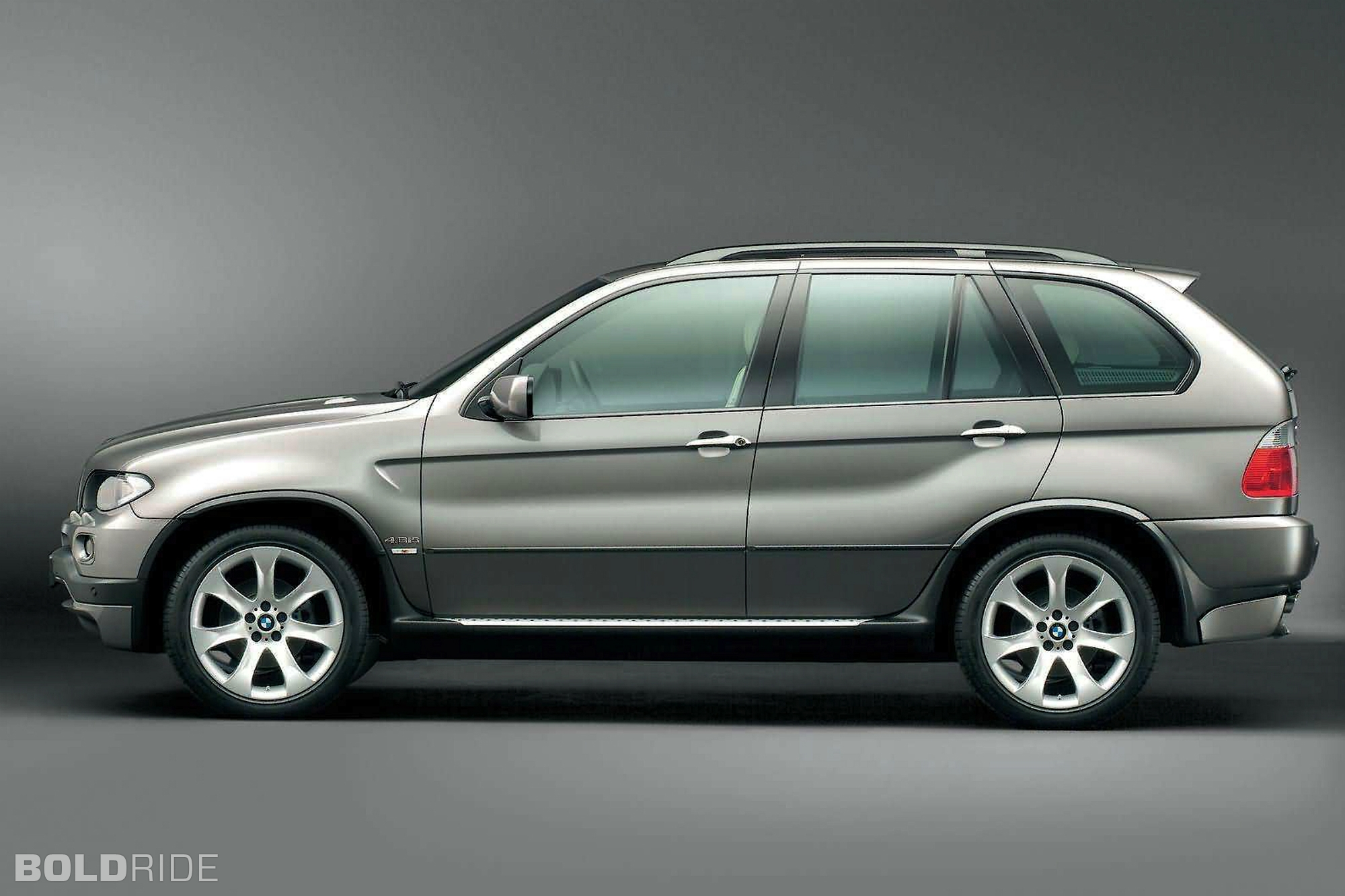 2004 bmw x5 information and photos zombiedrive. Black Bedroom Furniture Sets. Home Design Ideas
