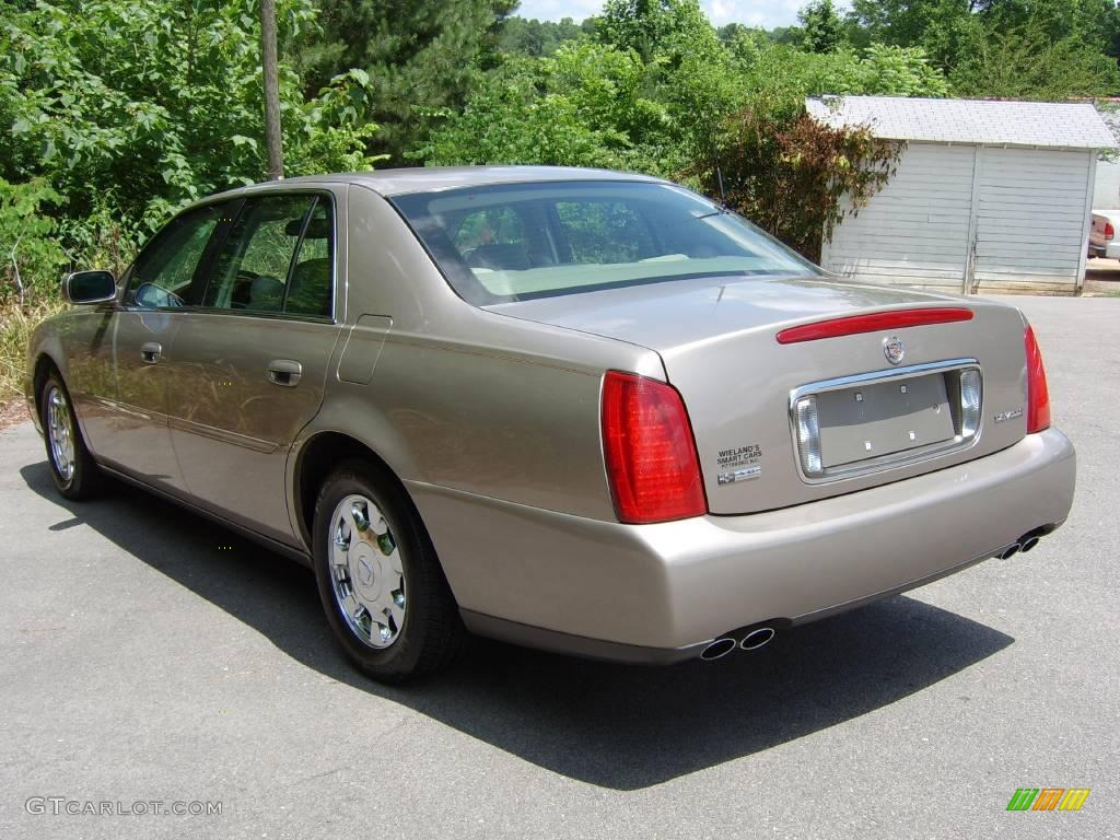 2004 Cadillac DeVille - Information and photos - ZombieDrive