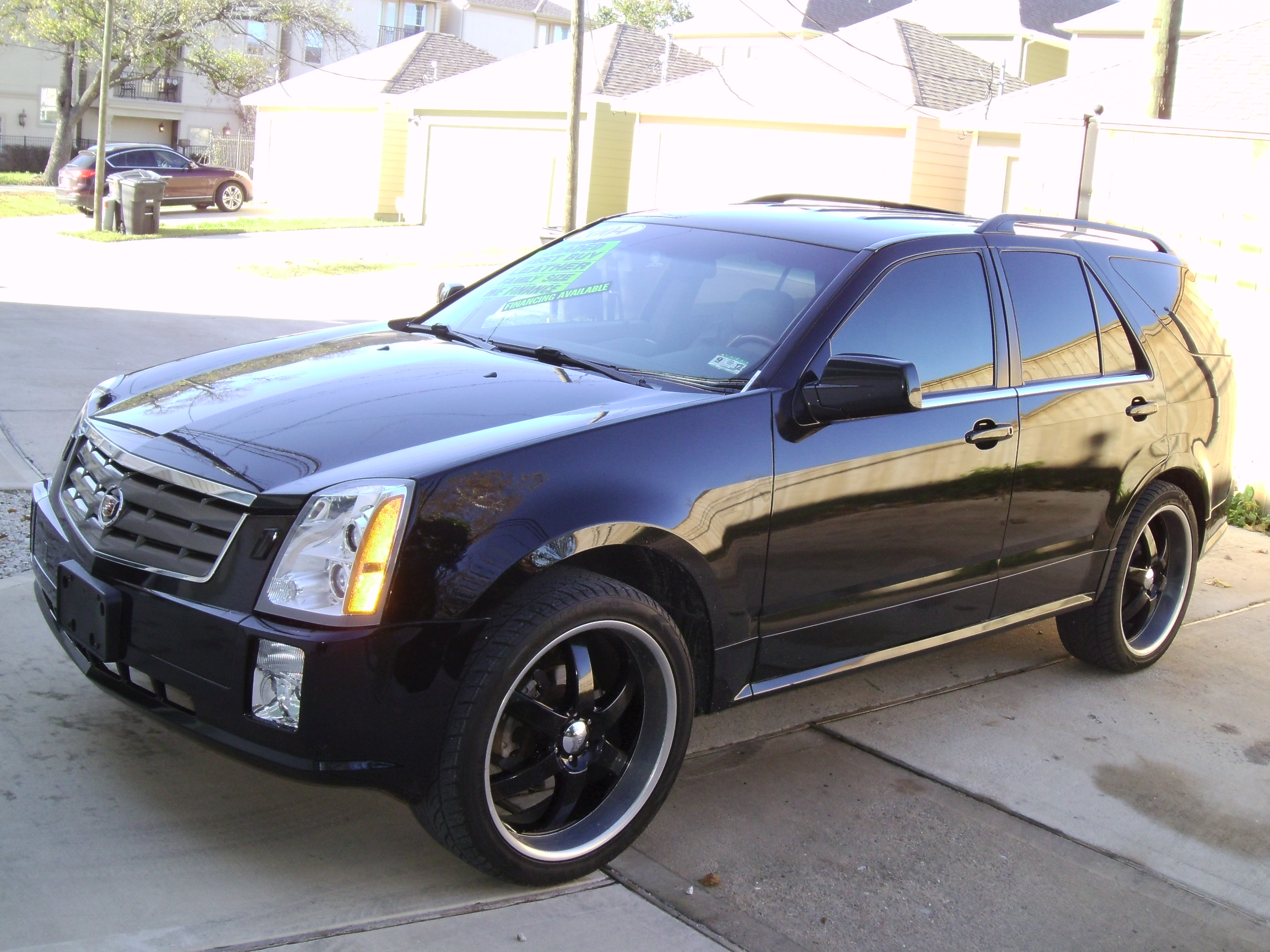 2004 Cadillac SRX - Information and photos - ZombieDrive