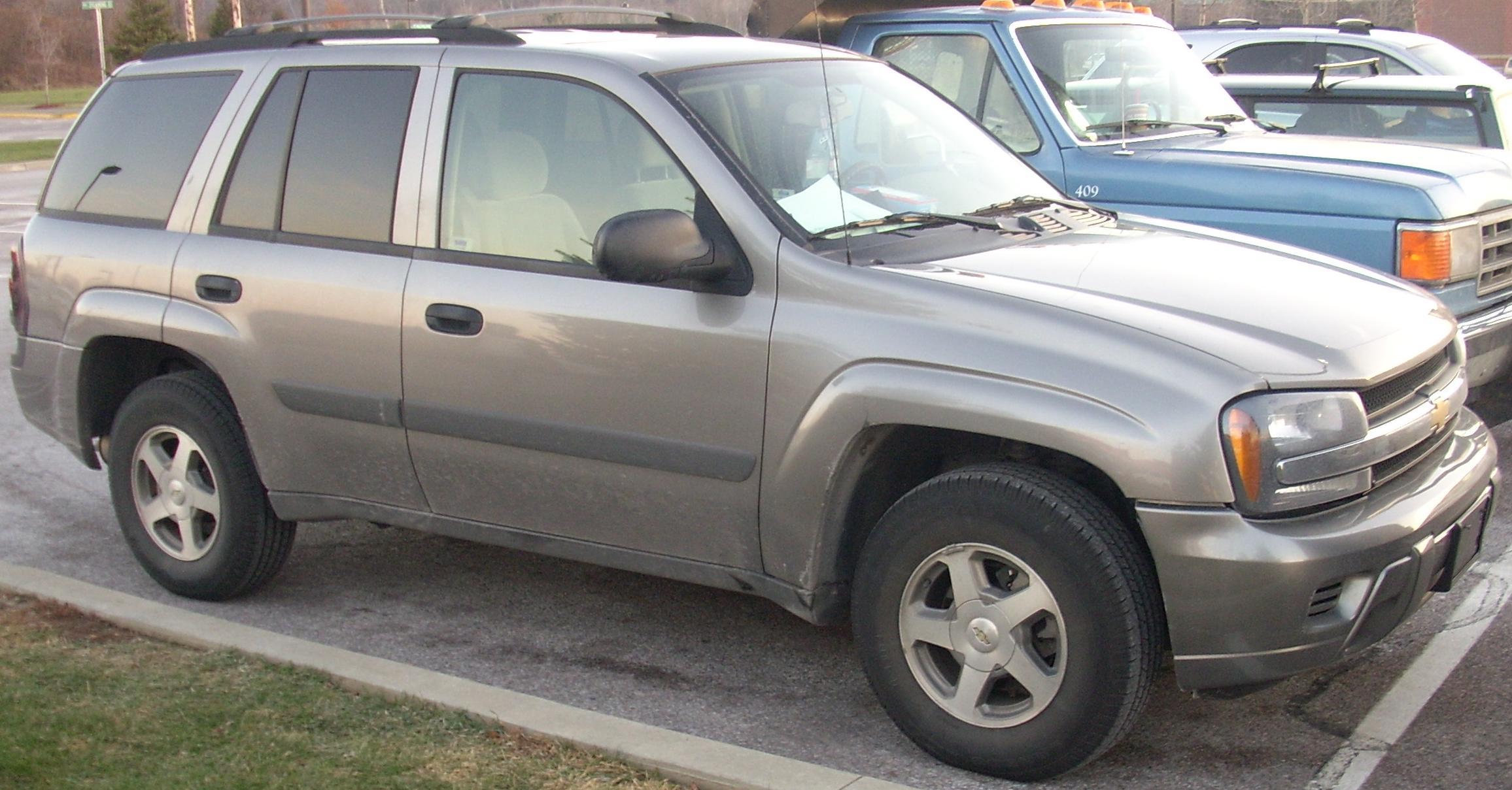 2004 Chevrolet Blazer - Information and photos - ZombieDrive