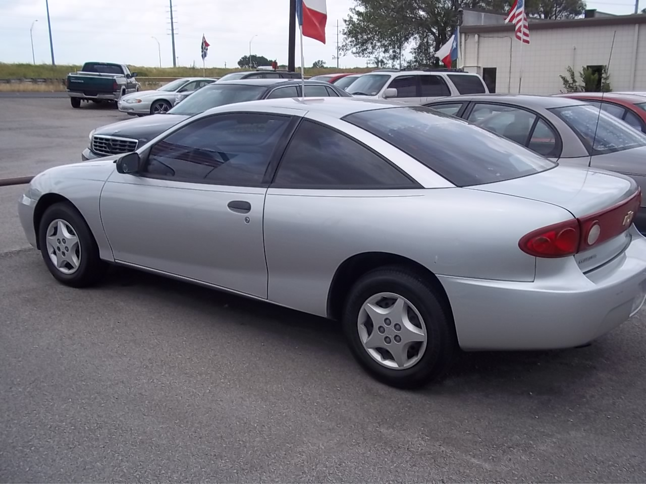 2004 Chevrolet Cavalier - Information and photos - ZombieDrive