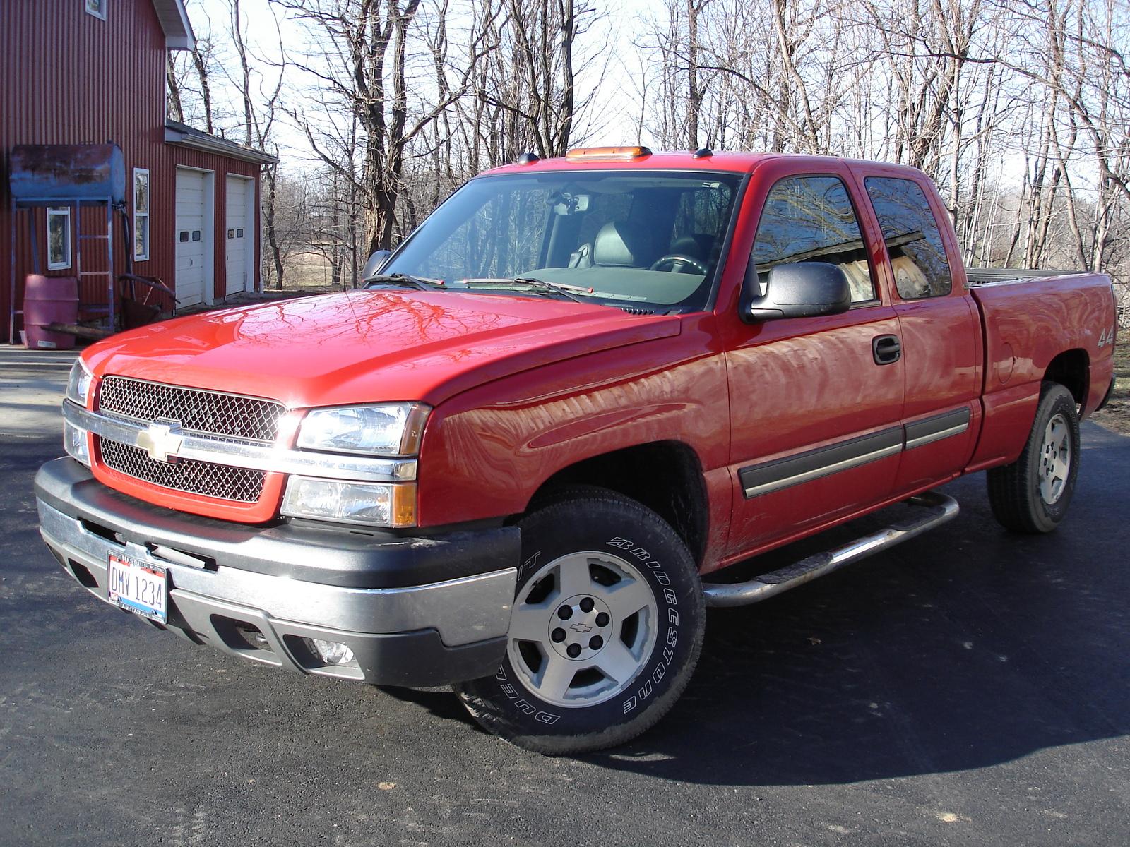 3382 2004 Chevrolet Silverado 1500 4