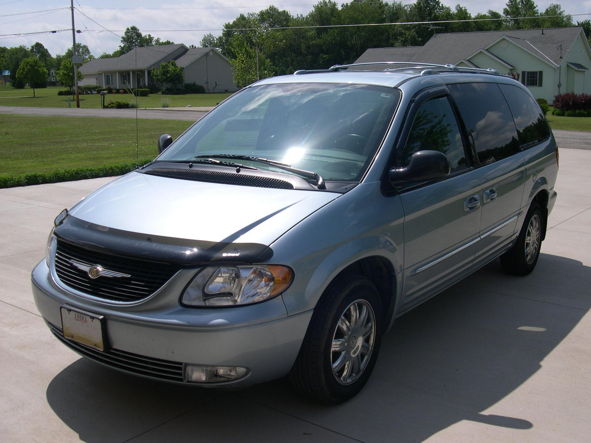 Chrysler Town and Country #17