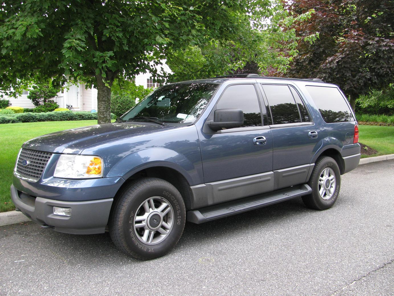 2004 ford expedition image 1