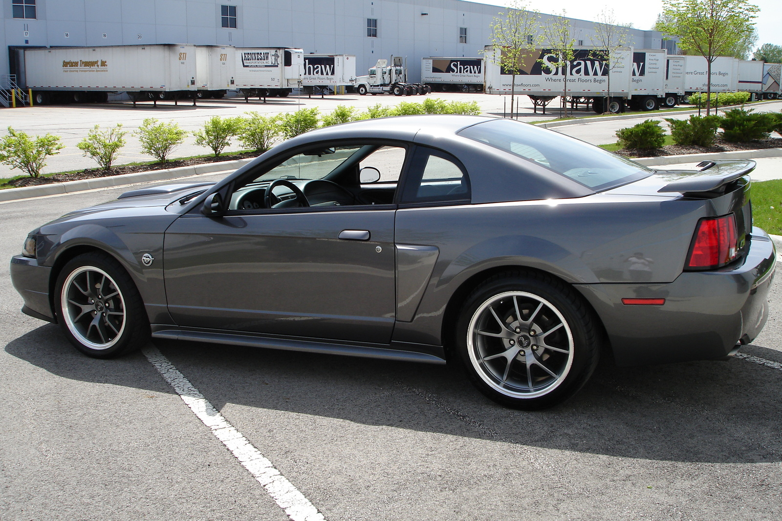 2004 Ford Mustang Image 18