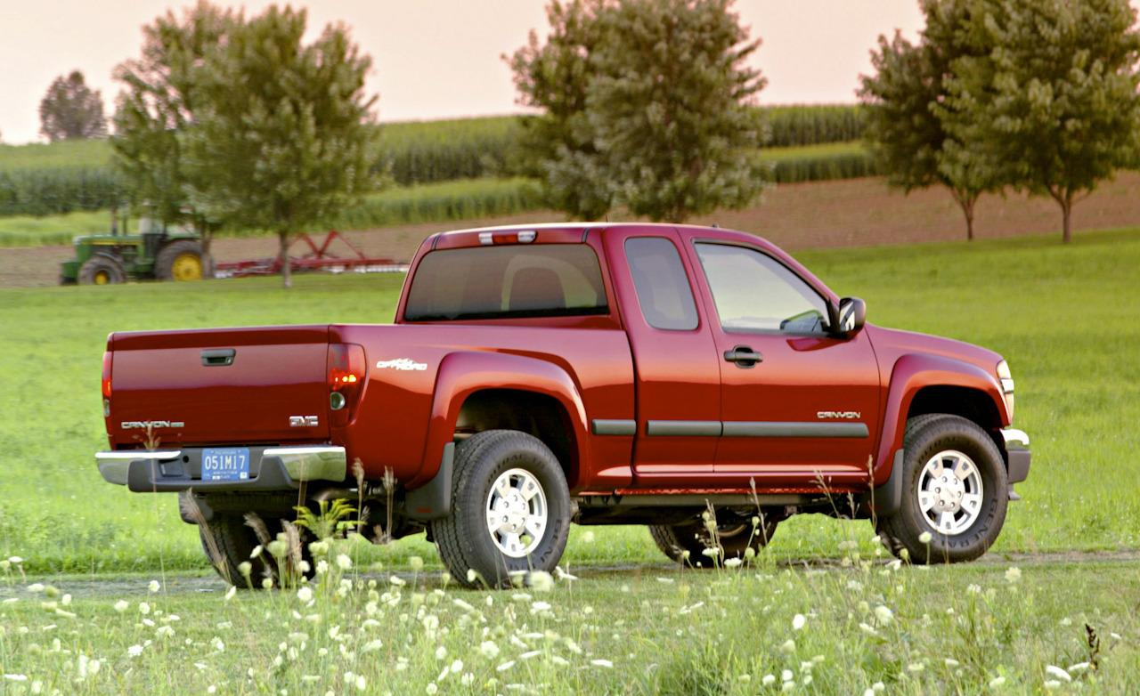 2004 Gmc Canyon Image 2