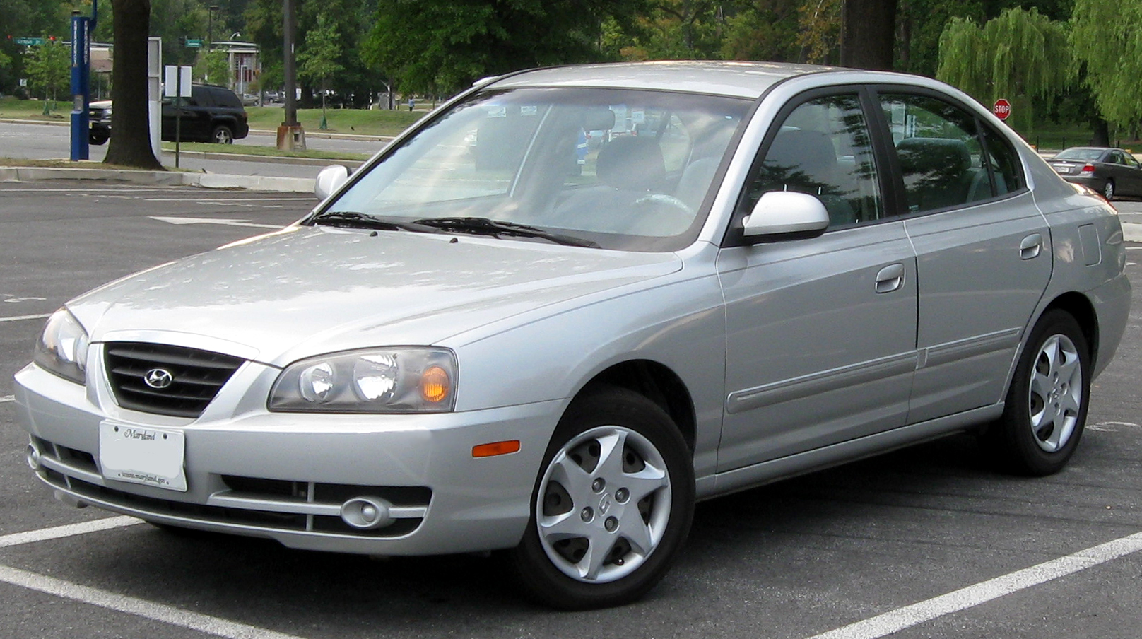 2004 Hyundai Elantra Information And Photos Zombiedrive