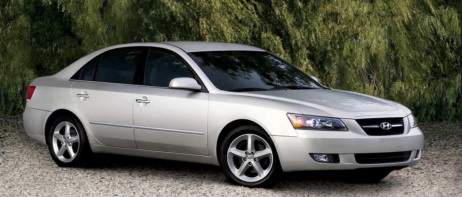 2004 Hyundai Sonata Image 21