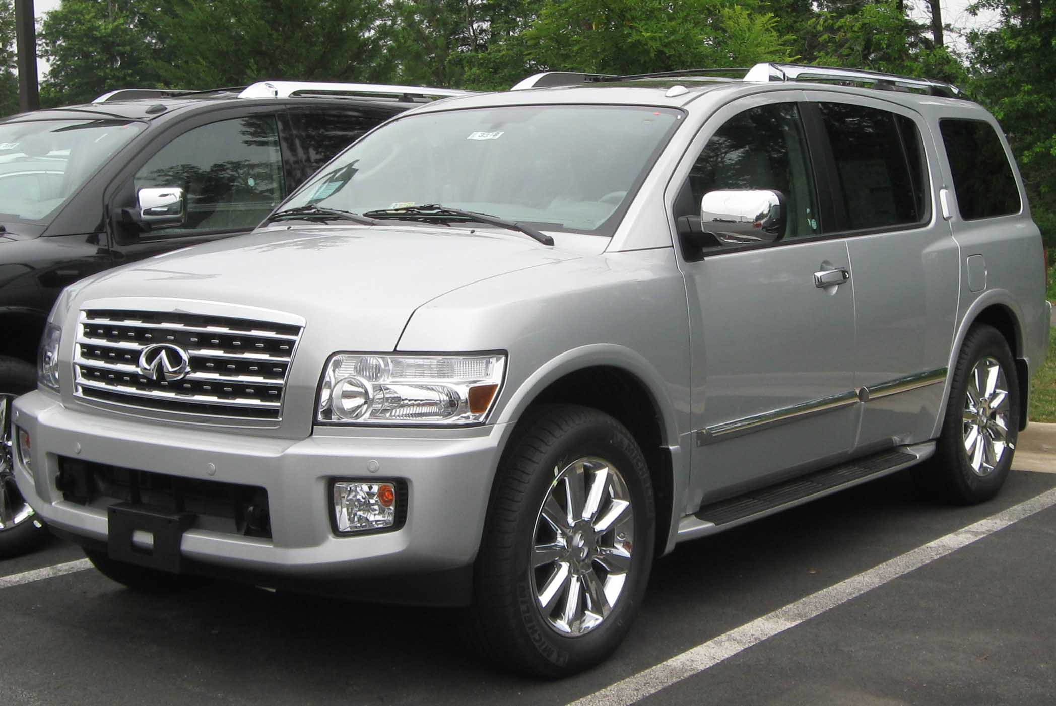 2004 infiniti qx56 information and photos zombiedrive. Black Bedroom Furniture Sets. Home Design Ideas